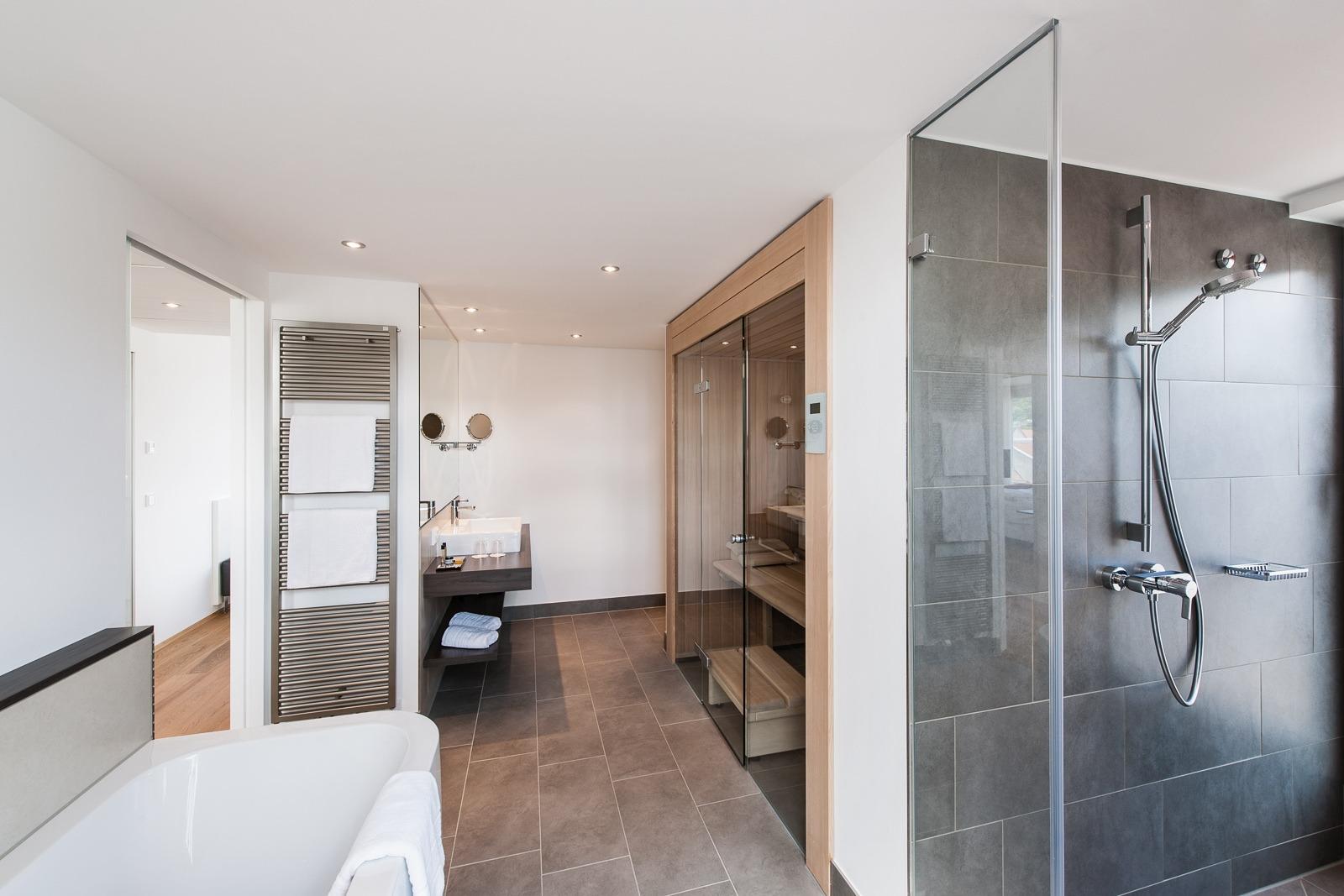 Sauna in der Junior-Suite Bergheim41