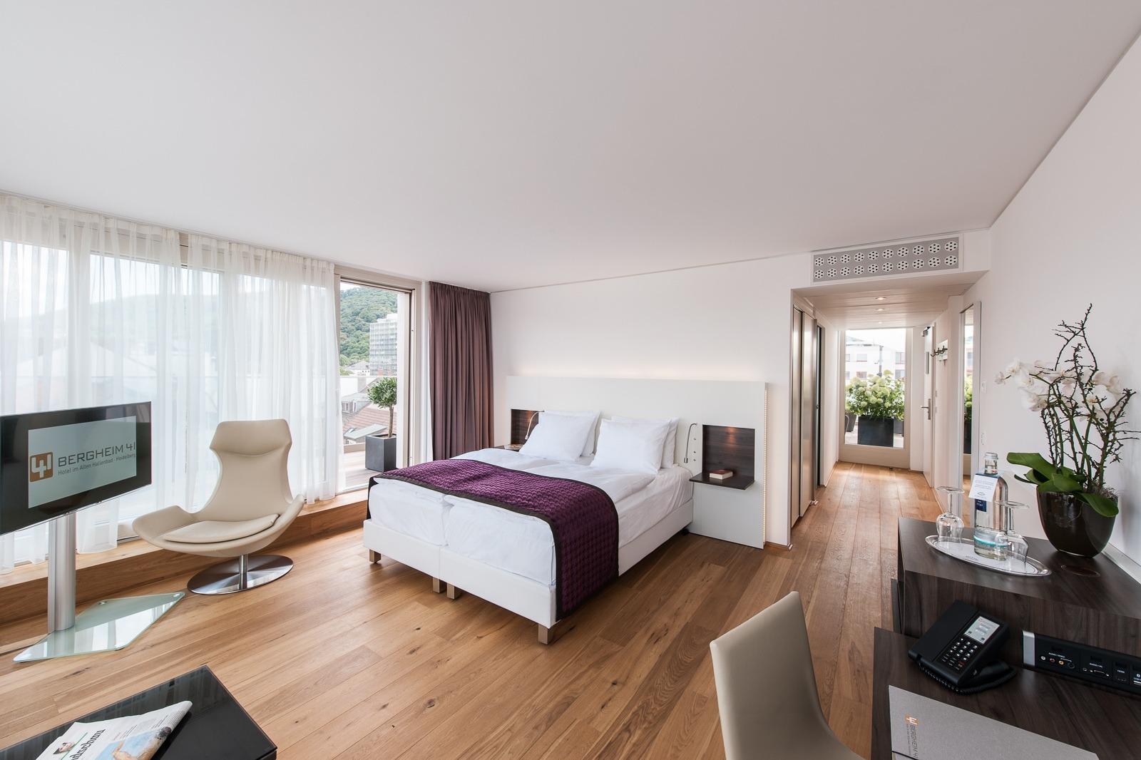 Zimmer unsere zimmer und suiten im bergheim 41 for Innenarchitektur heidelberg